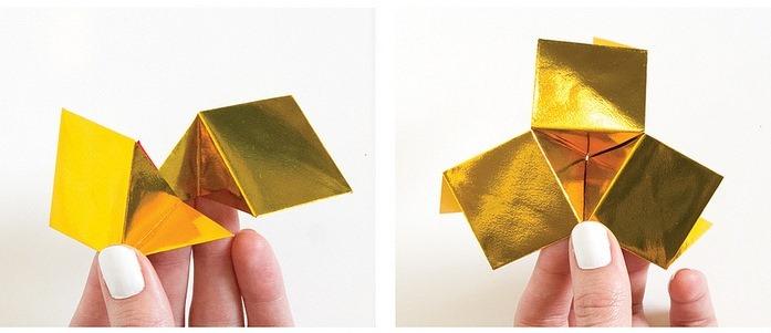 Оригами кристалл из модулей-сложите модули друг в друга
