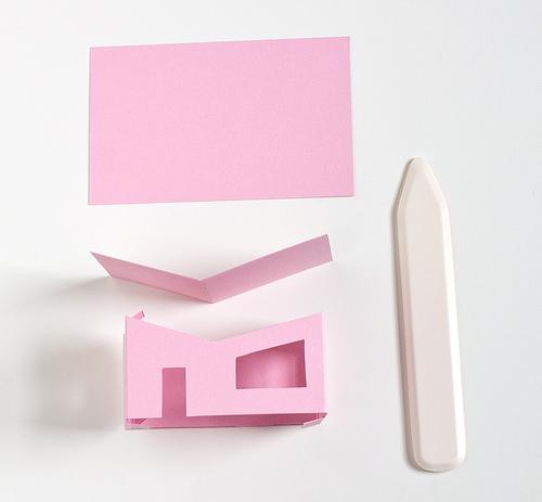 Домик из бумаги-склейте стены