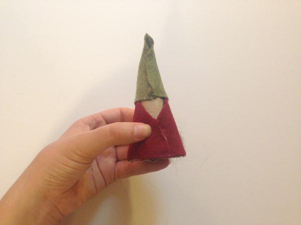 Гномики из фетра-вид шляпы сзади