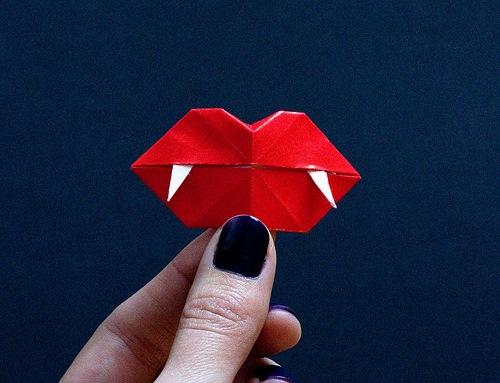 Губы оригами из бумаги своими руками
