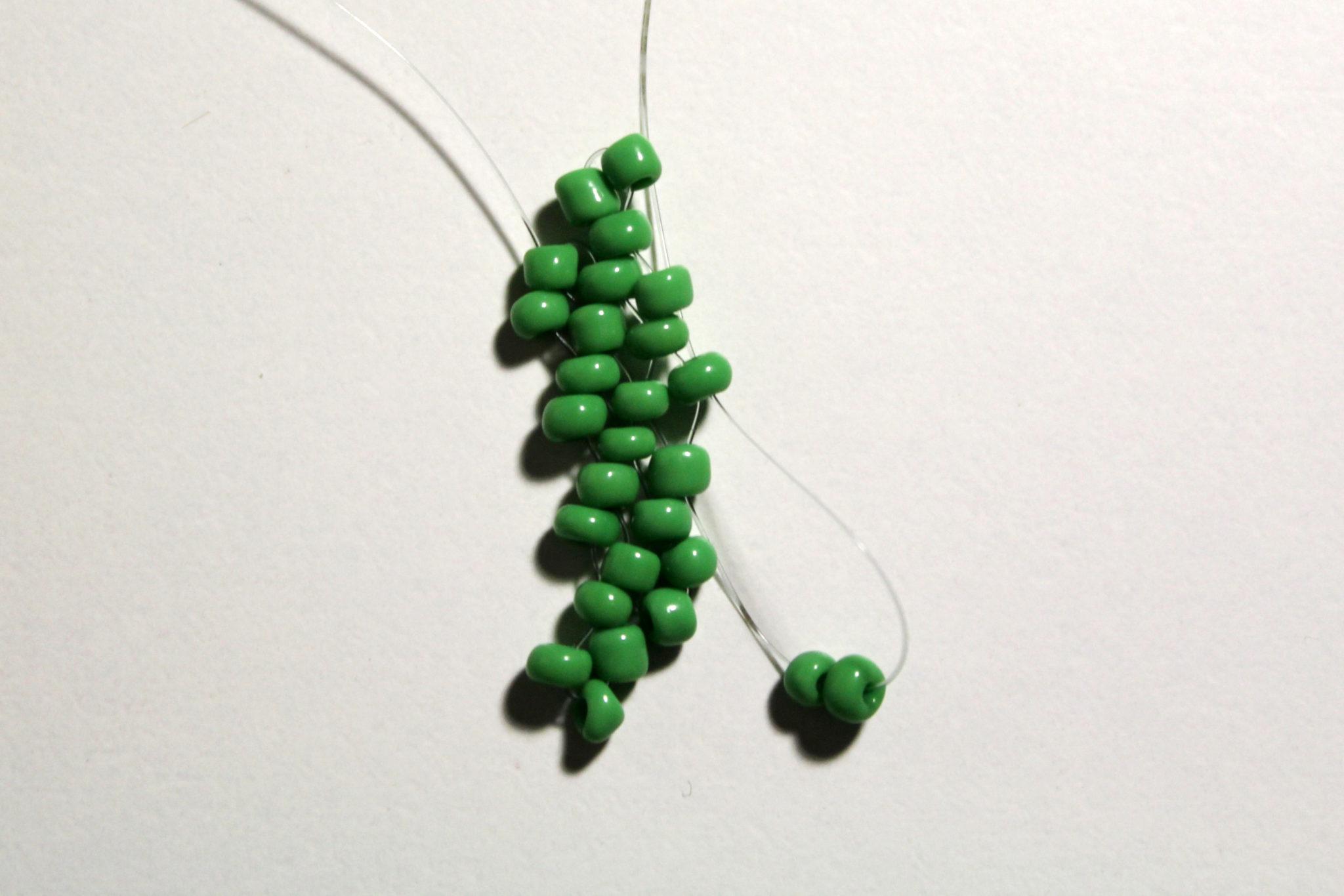 листья из бисера 6