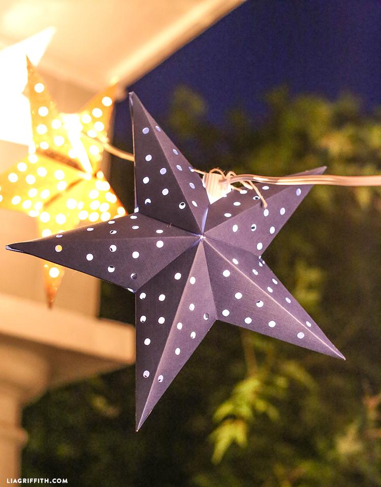 Гирлянда из бумажных звезд