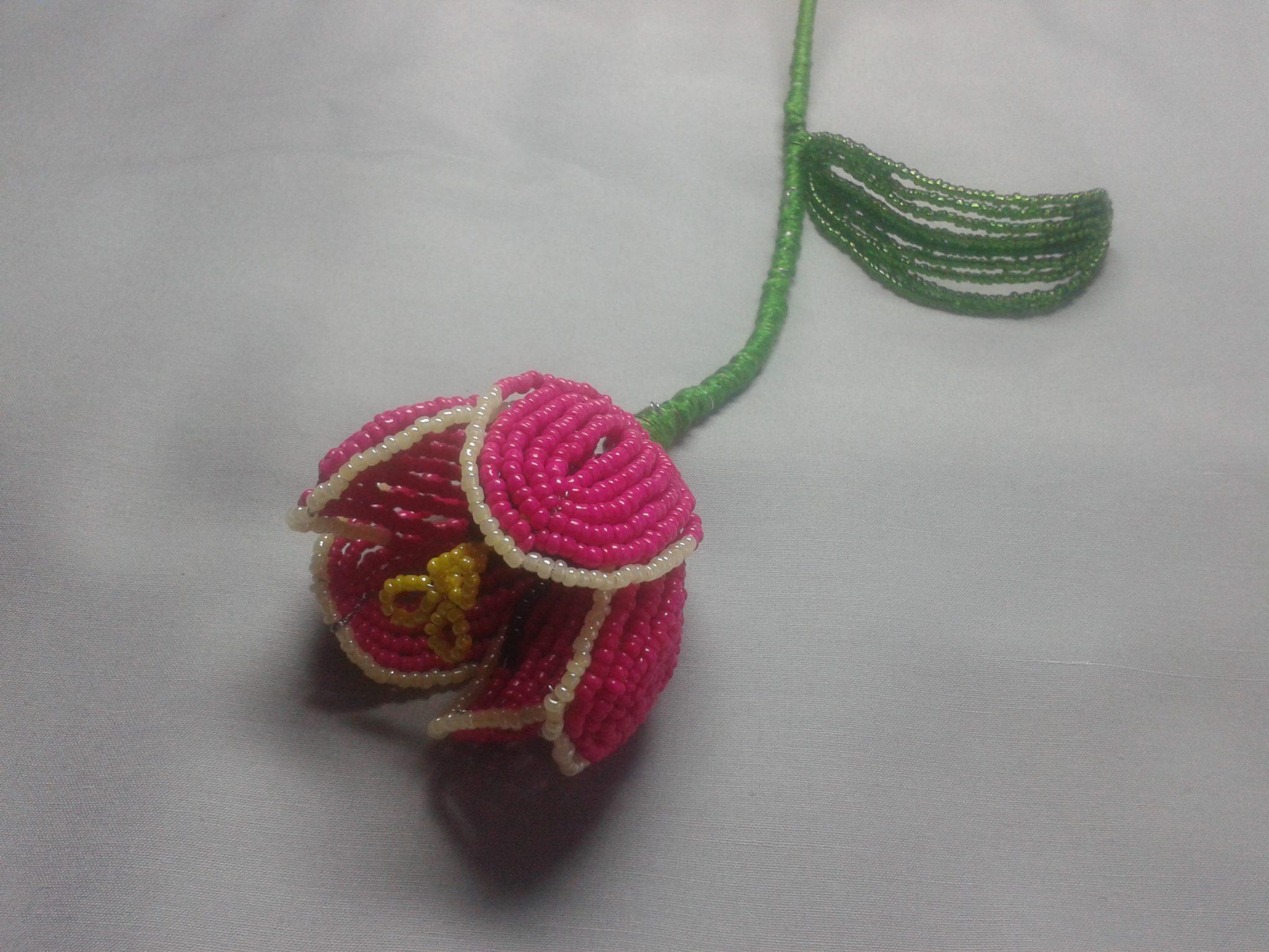 Бисерный тюльпан 1