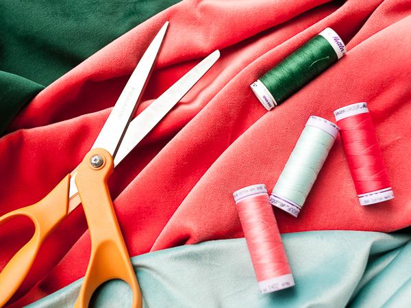 Как сшить декоративную подушку - материалы