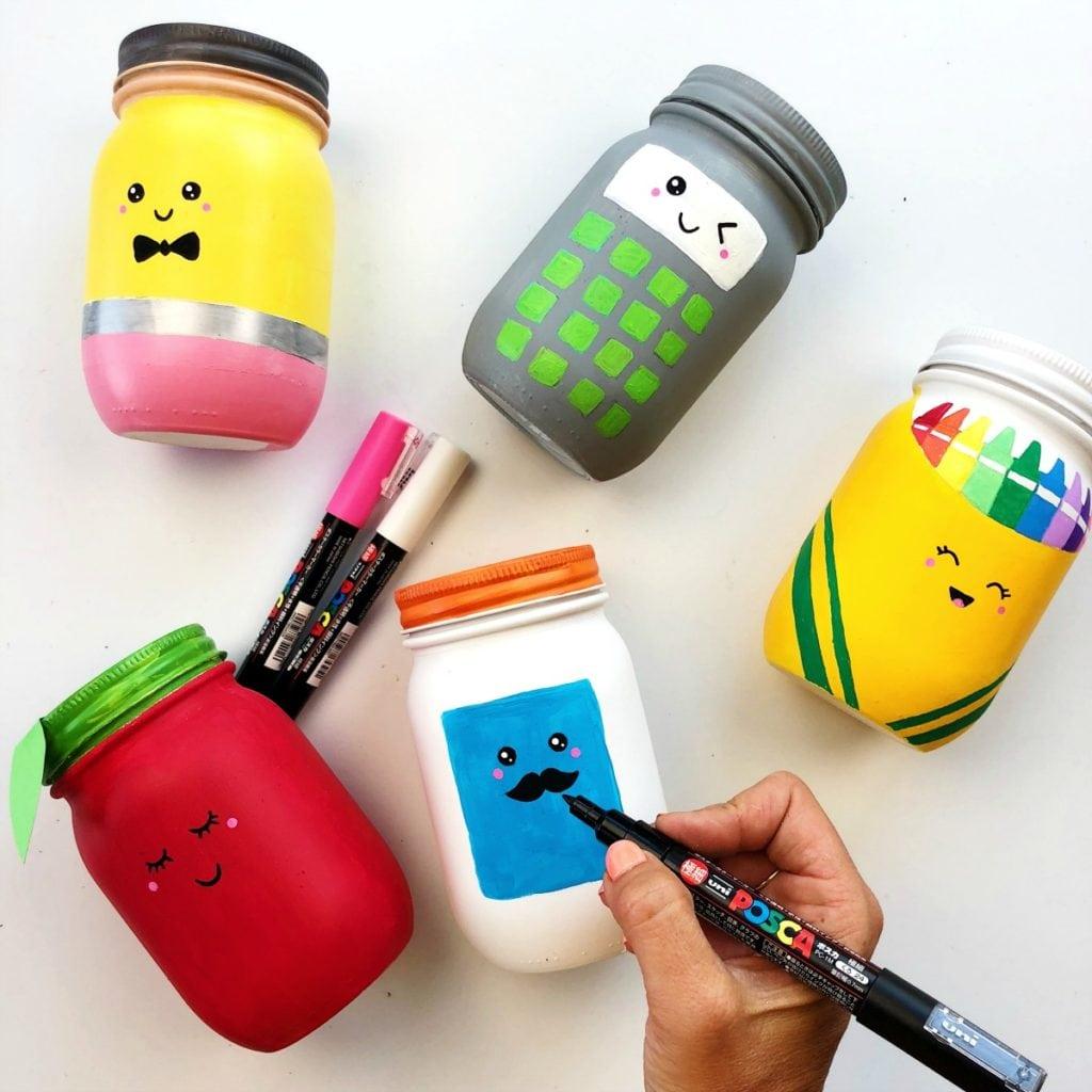 Как сделать карандашницу - раскрасьте лица красками