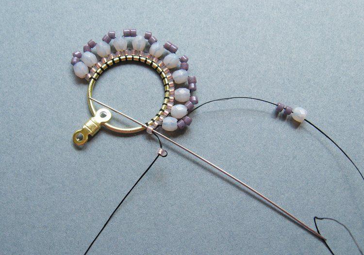 Серьги из бисера своими руками - плетение второго ряда
