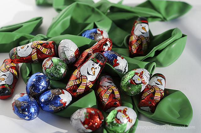 Адвент календарь из воздушных шаров - подготовьте шары и конфеты