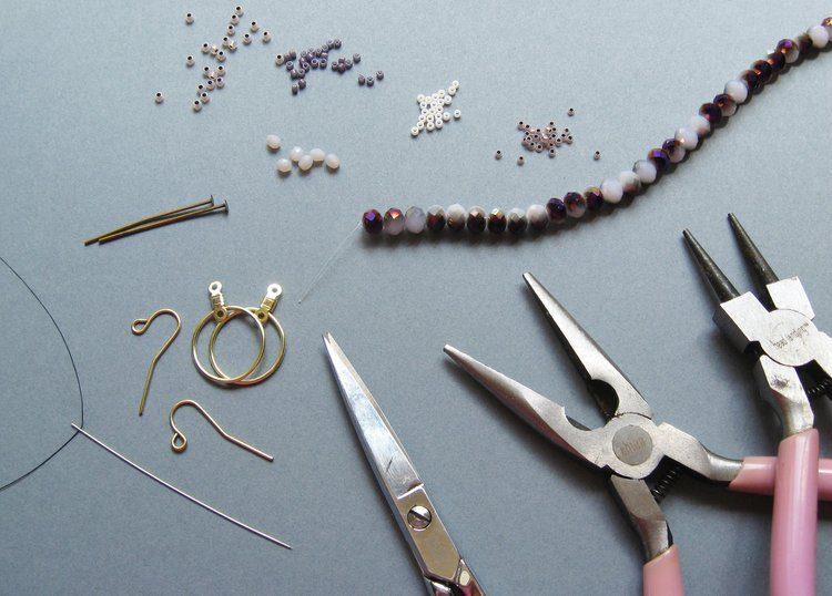 Серьги из бисера своими руками - материалы