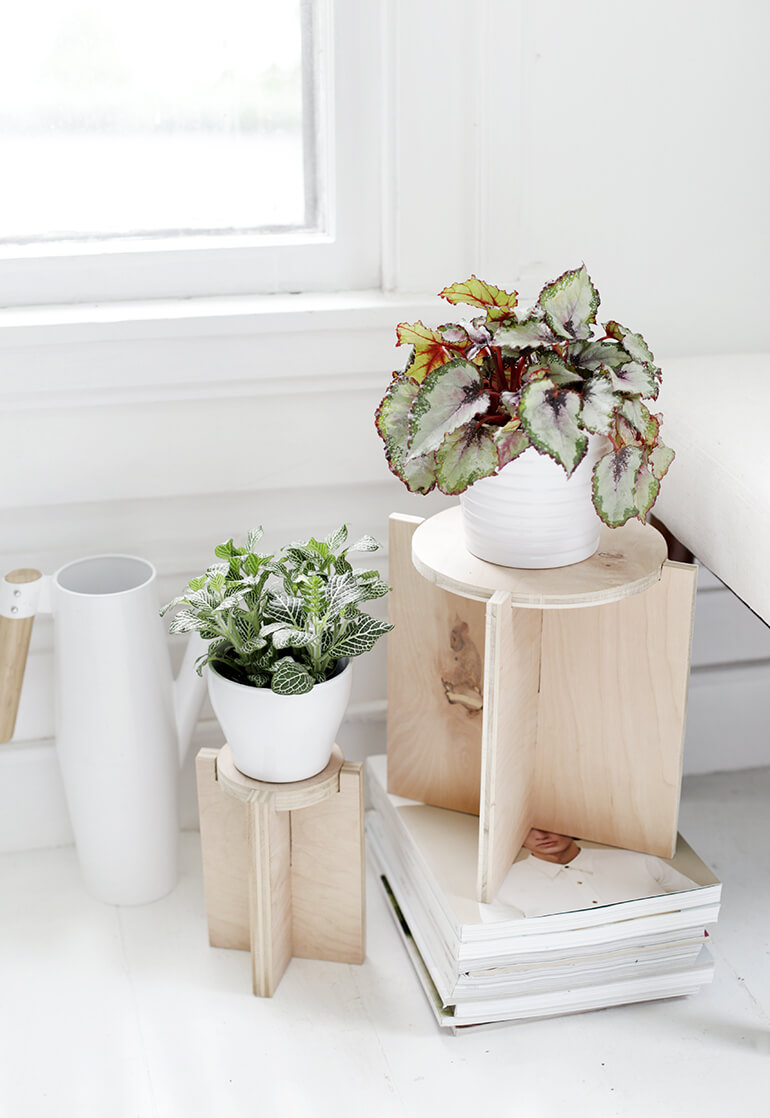 Как сделать подставку для цветов - готовое изделие
