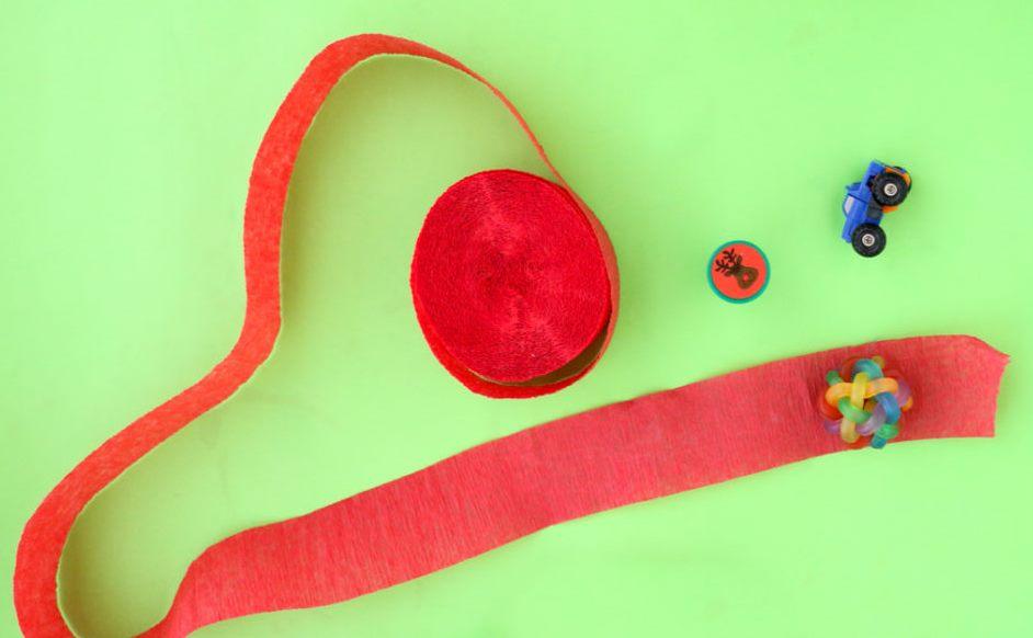 Как сделать анвент календарь из гофрированной бумаги - оберните игрушки гофрированой бумагой