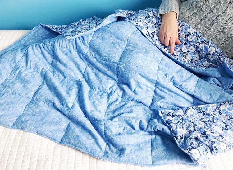 Утяжелённое одеяло - готовое изделие