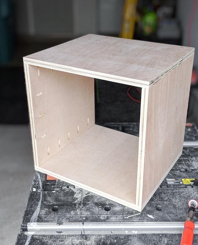 Домик для кошки - соберите коробку