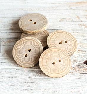 Как сшить фартук своими руками - украсьте изделие деревянными пуговицами