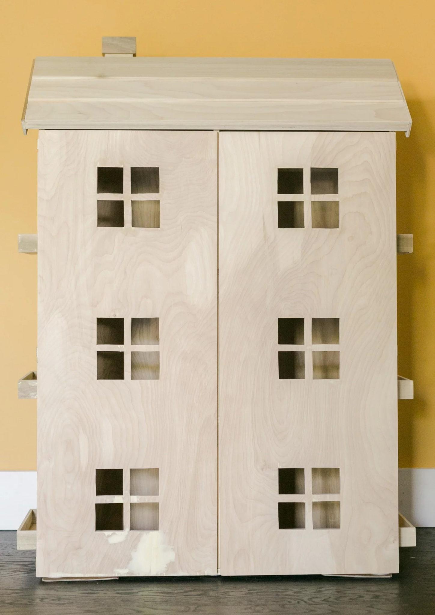 Домик для кукол из фанеры своими руками - готовое изделие