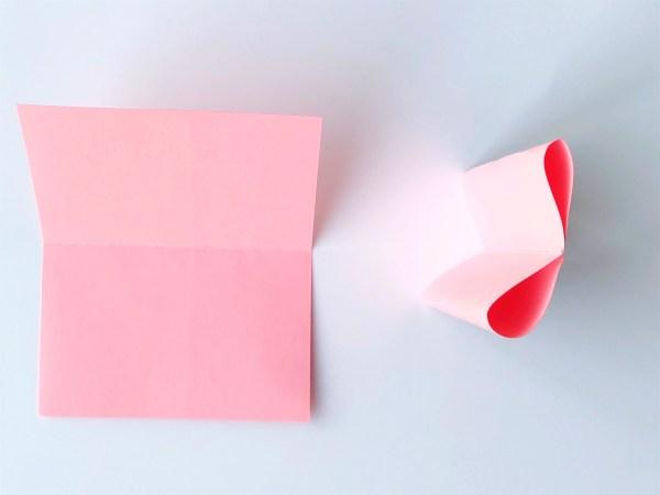 Елочные украшения из бумаги своими руками - согните картон и склейте посередине