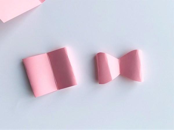 Елочные украшения из бумаги своими руками - обрежьте элементы вверху и внизу