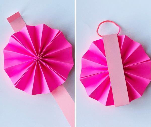 Елочные украшения из бумаги своими руками - приклейте полоску на розетку и проденьте нитку