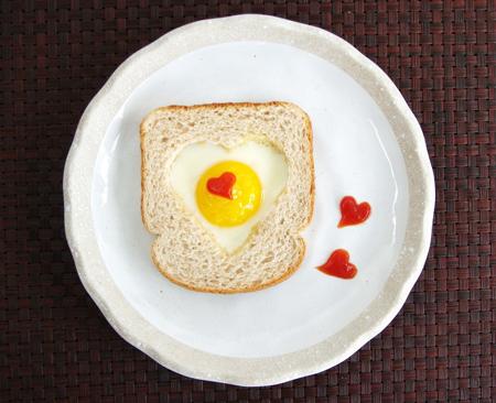 Съедобная валентинка на завтрак