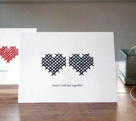 Открытка-валентинка из бумаги и ниток своими руками