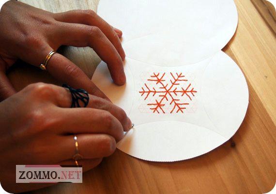 Снежинка на упаковке своими руками