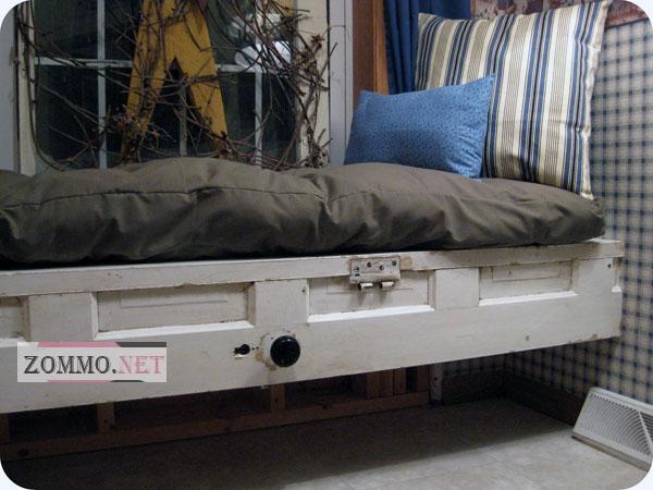 Кровать из оконной рамы