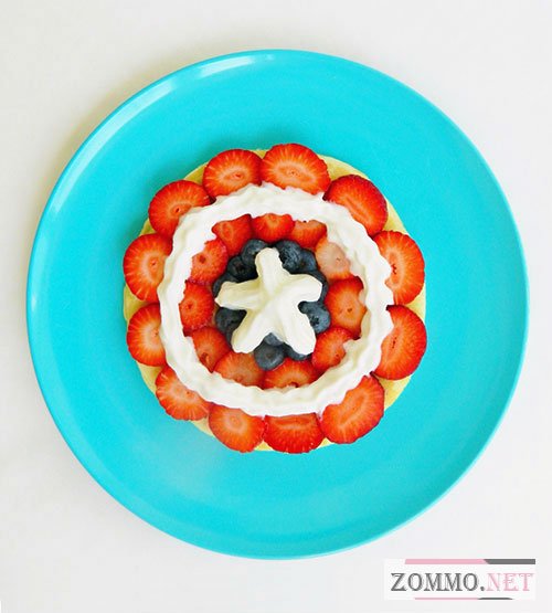 "Блинчики с фруктами ""Капитан Америка"""