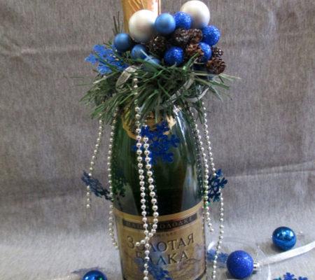 Декор бутылки шампанского на Новый год