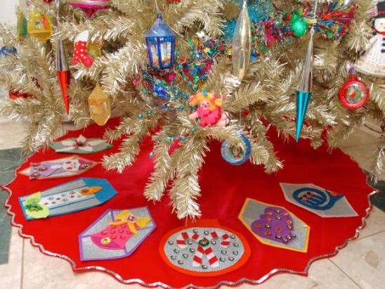 Новогодний коврик под ёлку