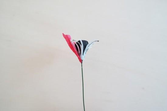 Маки из креповой бумаги 14