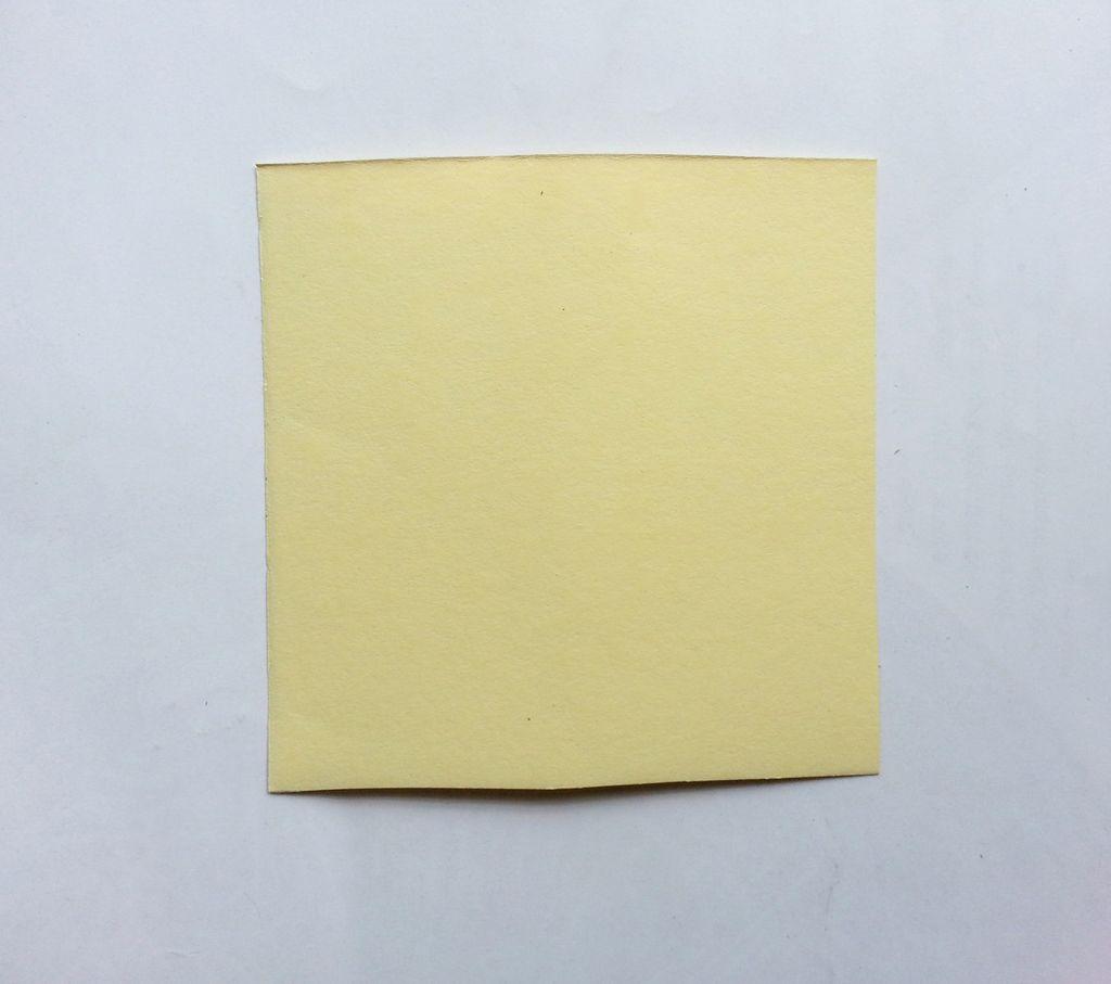 Камелии из бумаги-вырезаем квадрат
