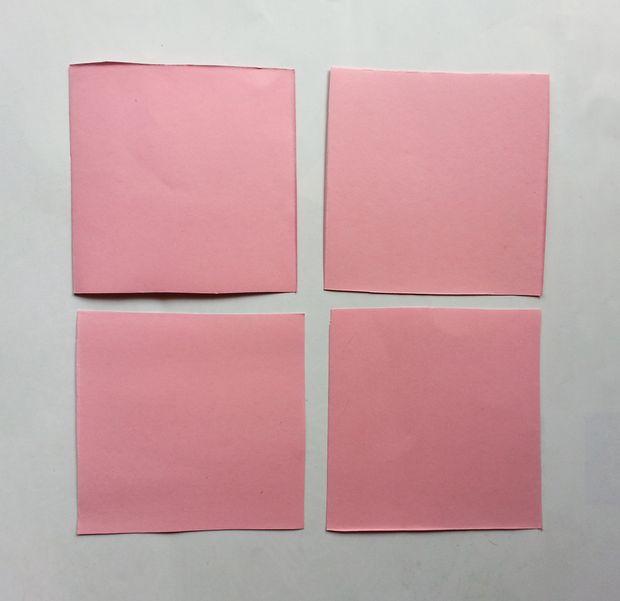 Камелии из бумаги-режем лист на квадраты
