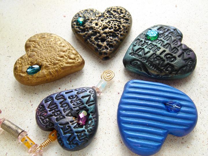 Кулон из глины-варианты