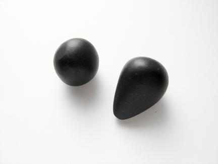 Кулон из глины-раскатайте материал