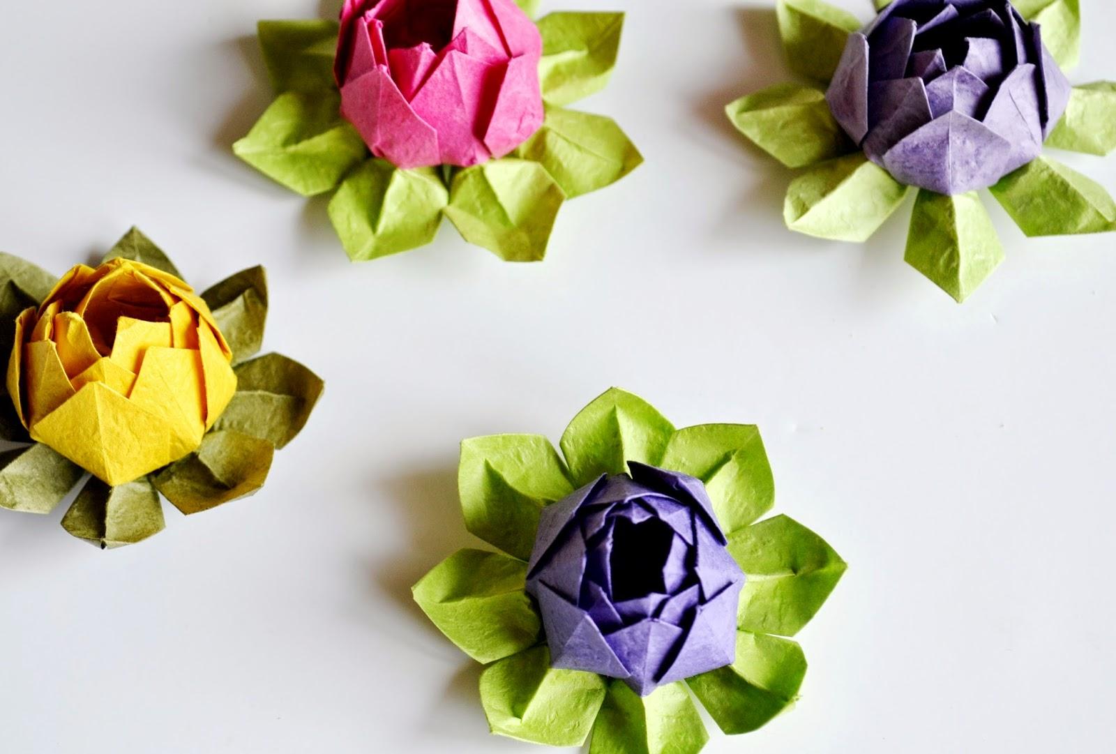 Лотос оригами-готовые цветы