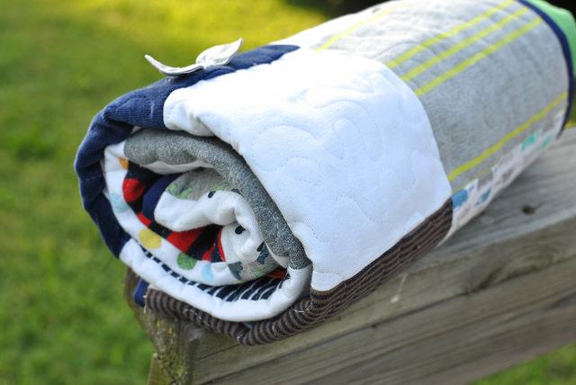 Детское одеяло - окантовка