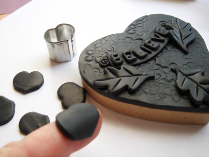 Шкатулка из полимерной глины-сделайте заготовки для лепестков