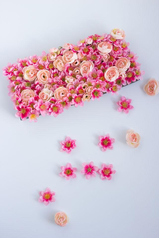 Украшение сумки цветами своими руками