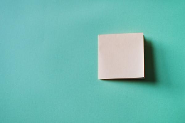 Домик оригами-сложите квадрат вчетверо