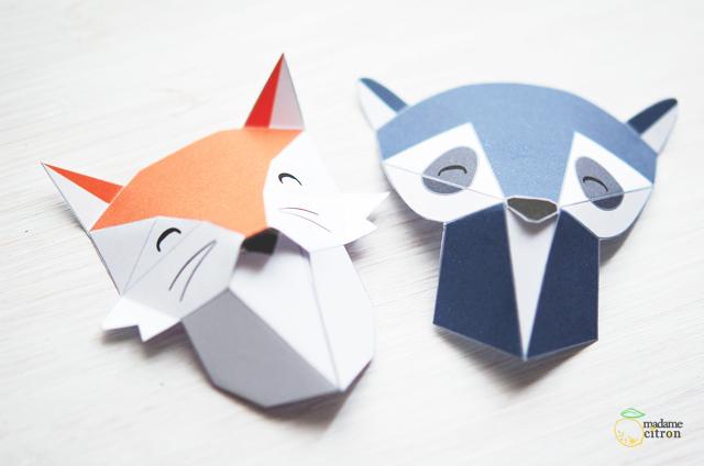 Картины из бумаги-подготовьте мордочки лисы и енота