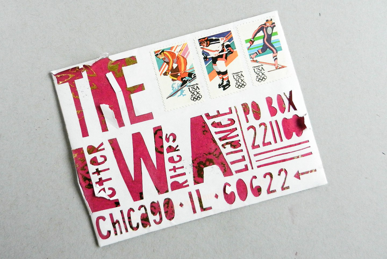 Красивый конверт из бумаги дошел до адресата
