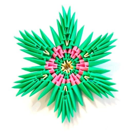Модульная звезда оригами из бумаги