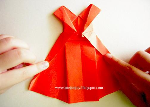 Платье оригами-два рукава готовы