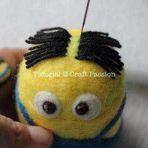 Миньон из фетра-подкорректируйте линию волос