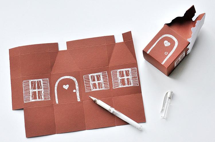 Коробочка для сладостей-нарисуйте окна и дверь