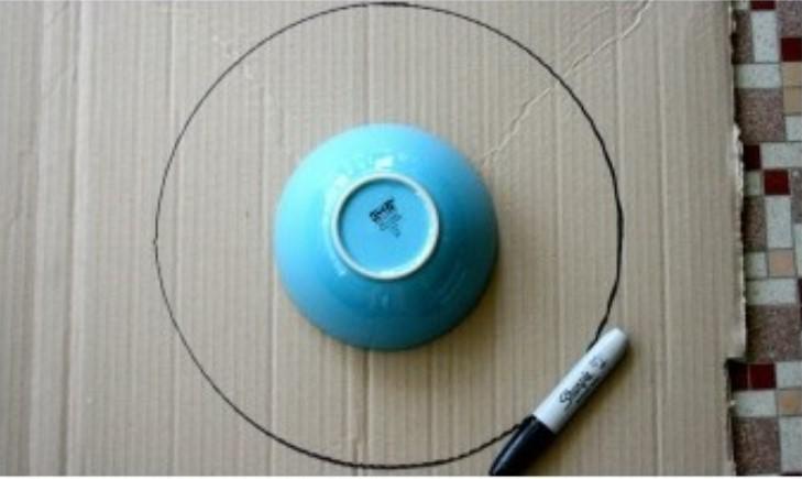 Венок из бумаги-нарисуйте 2 круга