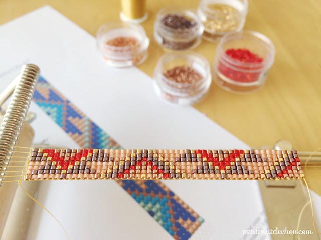 Браслеты из бисера на станке-продолжайте плетение