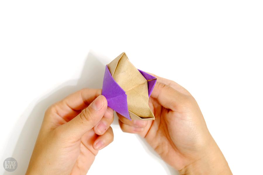 Оригами подставка для яиц-выверните сгибы