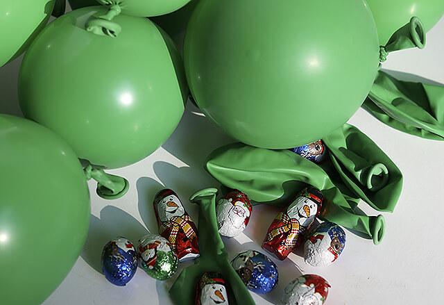 Как сделать анвент календарь из воздушных шаров - надуйте шары