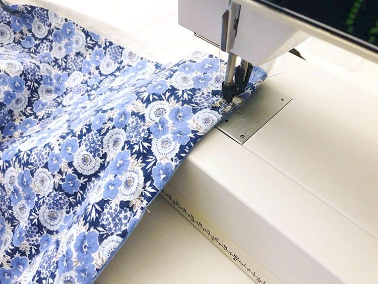 Утяжелённое одеяло - прошейте соединенные куски ткани с трех сторон
