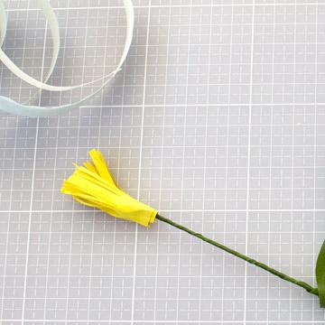 Тюльпаны из бумаги своими руками - готовая бахрома